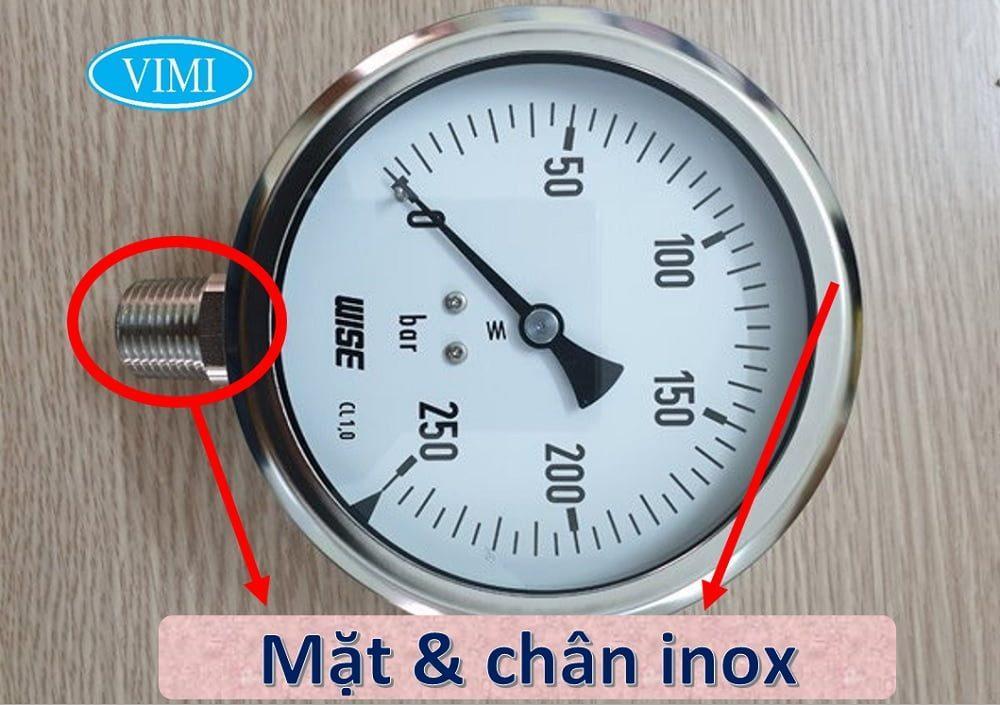 Đồng hồ áp suất P252 có mặt bằng và chân bằng inox